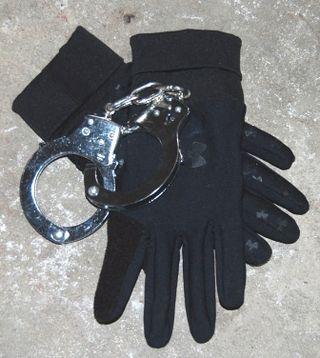 Cuffs_gloves